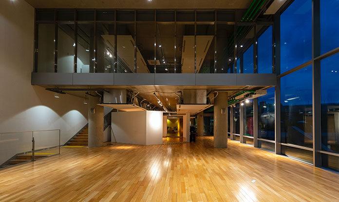 Dlaczego drewniane podłogi są dobrym rozwiązaniem dla każdego wnętrza