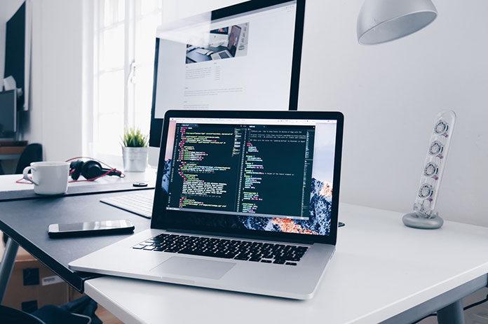 Dlaczego i jakiej strony internetowej potrzebuje Twoja firma